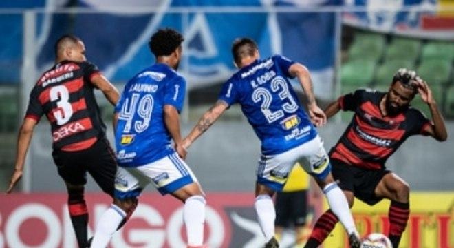 A Raposa não conseguiu vencer o lanterna da Série B nos dois confrontos da temporada