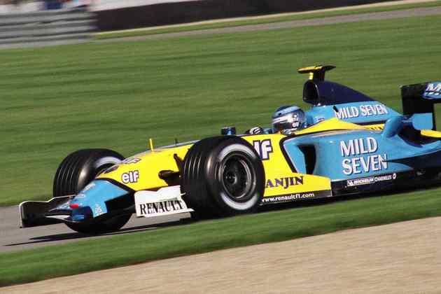 A Renault começou 2003 com o modelo R23 e mostrou força, incomodando as grandes equipes do grid em diversas oportunidades com a dupla Jarno Trulli e Fernando Alonso