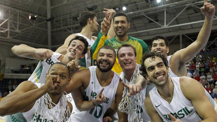 A Seleção Brasileira de basquete irá disputar o Pré-Olímpico na Turquia, em junho, para ver se consegue a vaga para Tóquio.