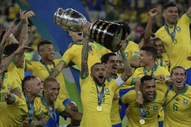 A Seleção Brasileira manteve sua tradição de ser sempre campeã quando é anfitriã do torneio. Everton Cebolinha, Gabriel Jesus e Richarlison sacramentaram a vitória por 3 a 1 sobre o Peru.