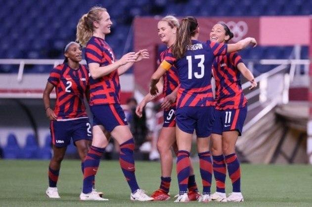 A seleção dos Estados Unidos se recuperou da derrota na estreia e atropelou a Nova Zelândia por 6 a 1, pela segunda rodada do Grupo G.