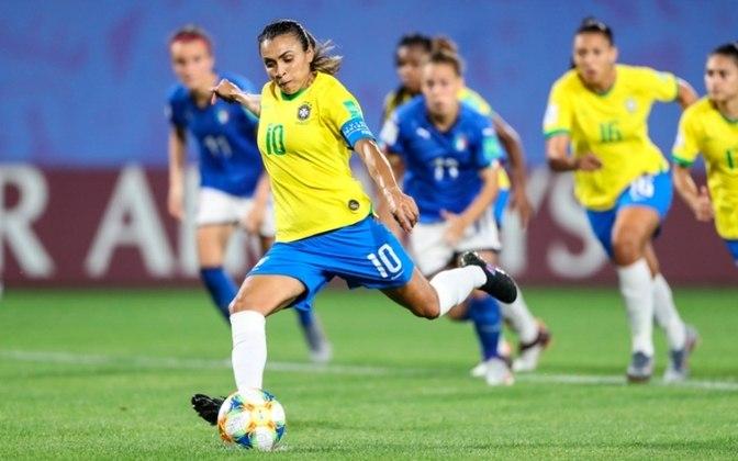 A Seleção feminina de futebol vai jogar às 5h desta quarta, contra a China