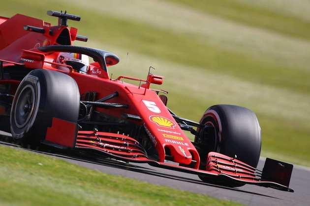 A sexta-feira foi complicada para o tetracampeão Sebastian Vettel. Muitos problemas no carro e apenas 18º