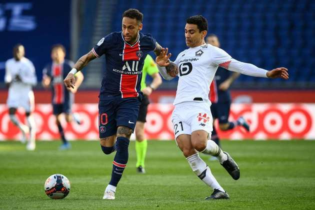 A situação na França é parecida com a da Espanha, com três times com chance de título, mas apenas Lille e Paris Saint-Germain brigando de fato. Terceiro colocado, o Monaco tem chances remotas e precisa tirar uma enorme diferença de gols.