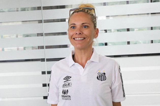 A técnica Christiane Lessa é uma das novidades das Sereias da Vila para 2021
