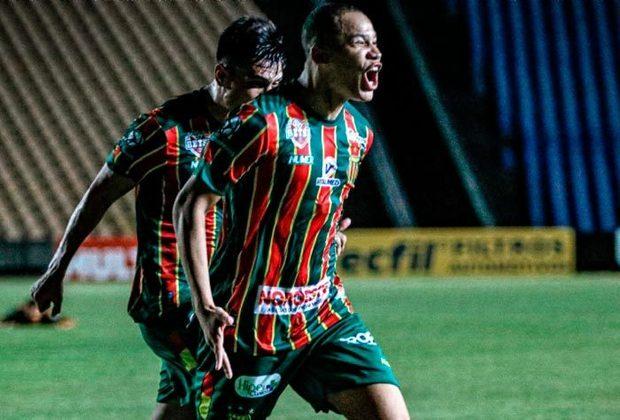 A temporada das Séries A e B do futebol brasileiro estão próximas do fim. Portanto, em breve, a janela de transferências estará aberta. Pensando nisso, o LANCE! separou 20 jogadores que se destacaram nesta temporada da série B que podem reforçar o seu time em 2021.