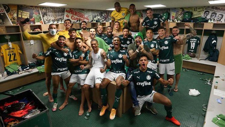 A temporada de 2020 foi intensa para o Palmeiras, que teve a maior utilização de jogadores da base na história recente, se despediu de um dos seus melhores jogadores dos últimos anos, voltou a ser campeão estadual após 12 anos e passou por uma pequena revolução com a chegada de um técnico estrangeiro. Confira as fotos que resumem o ano do Verdão. (Por Nosso Palestra)