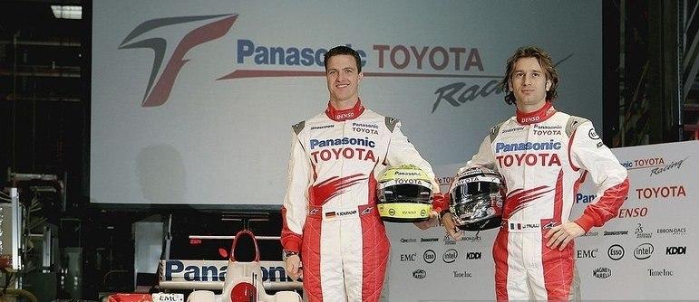 A Toyota ainda tinha equipe na Fórmula 1. A dupla era formada por Ralf Schumacher e Jarno Trulli.
