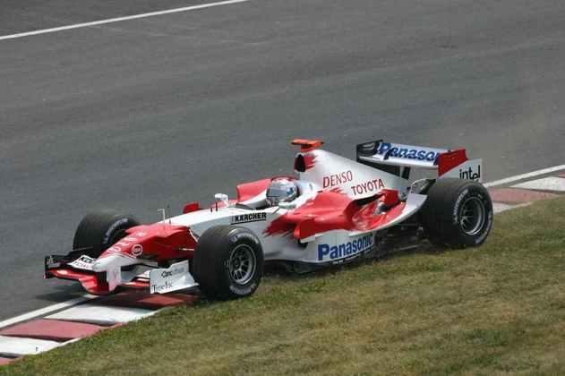 A Toyota repetiu a dose em 2005. Apesar de bons resultados com Jarno Trulli e Ralf Schumacher no começo do ano, faltava uma vitória e mudanças foram necessárias