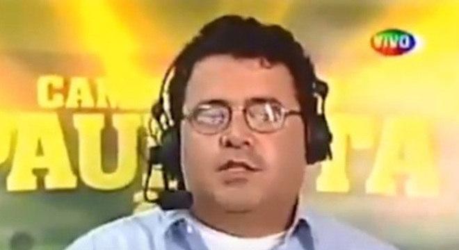 A transmissão do SBT no Campeonato Paulista contou com uma presença ilustre: o cantor Léo Jaime foi comentarista.