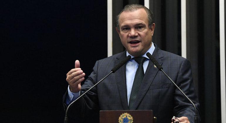 Wellington Fagundes (PL-MT) é autor do projeto e relator da comissão de acompanhamento da covid-19 no Senado