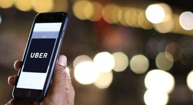 A Uber afirma, ainda, que tem oferecido produtos de limpeza a seus parceiros para manterem os veículos limpos