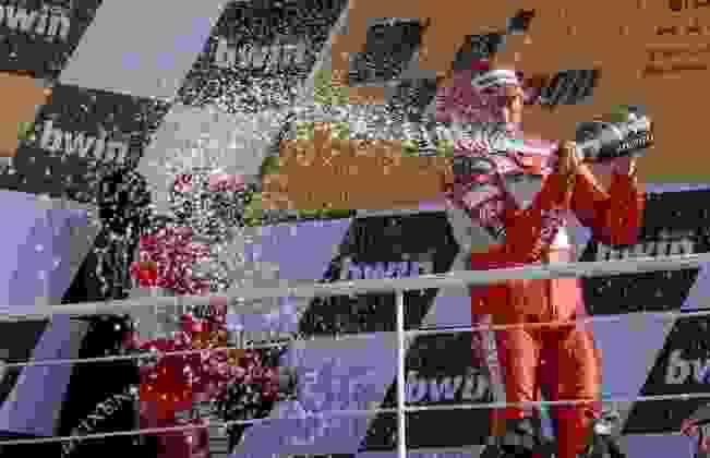 A última corrida da era 990cc, o GP de Valência de 2006, foi vencida por Troy Bayliss