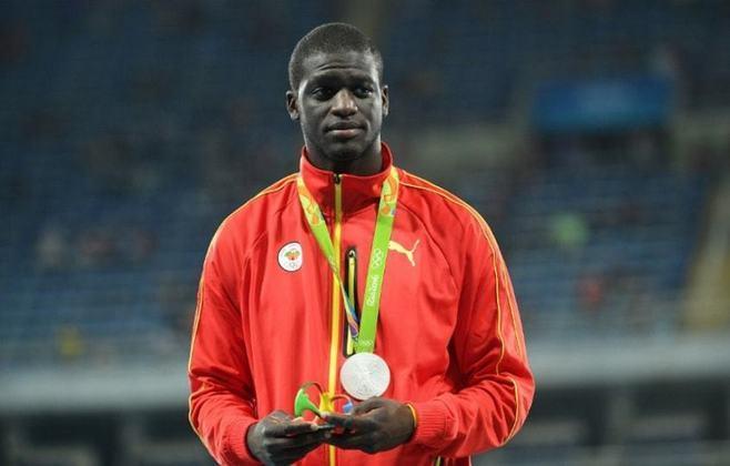 A única medalha de ouro de Granada, país caribenho, foi conquistada pelo corredor Kirani James. O atleta venceu a prova dos 400m rasos nos Jogos Olímpicos de Londres, em 2012.