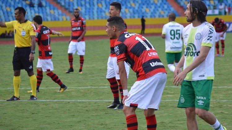 A vigésima nona posição é do Atlético-GO, que sofreu 14 goleadas em 152 jogos no Brasileirão de pontos corridos desde 2003.