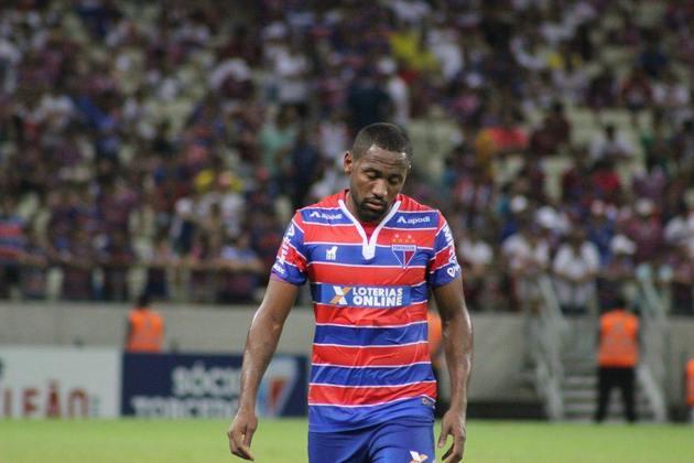A vigésima quinta posição é do Fortaleza, que tomou 19 goleadas nas 163 partidas desde 2003 no Brasileirão dos pontos corridos.