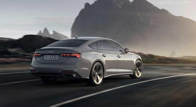 Sob o capô a Audi equipou o carro com motor 2.0 TFSI, que desenvolve 190 cv de potência em torque de 320 Nm