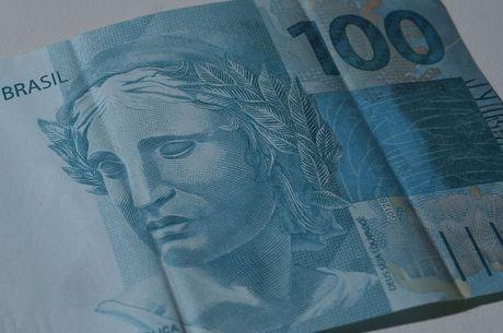 Governo volta a registrar déficit primário