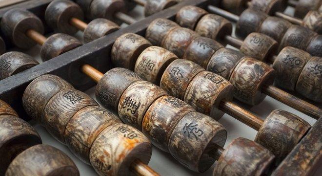 O ábaco era usado na China para fazer contas