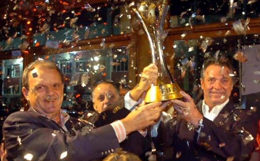 Abel Braga campeão mundial pelo Internacional. Há 15 anos