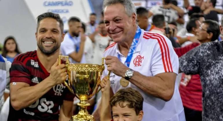 Abel se sentiu traído pelo Flamengo. Sabia, ainda empregado, que o time buscava Jorge Jesus
