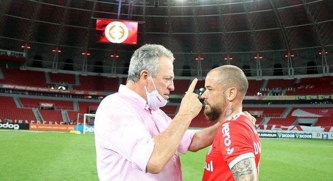 Abel Braga está magoado. Sabe que Inter contratou espanhol Ramírez para seu lugar