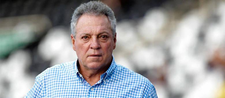 Último trabalho de Abel Braga havia sido no Flamengo, em maio deste ano