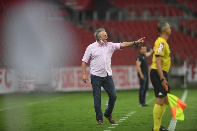 Abel Braga - 68 anos - Internacional - Treinador - Após o vice-campeonato brasileiro, a diretoria do Internacional comunicou a saída de Abel Braga do comando técnico do Colorado.