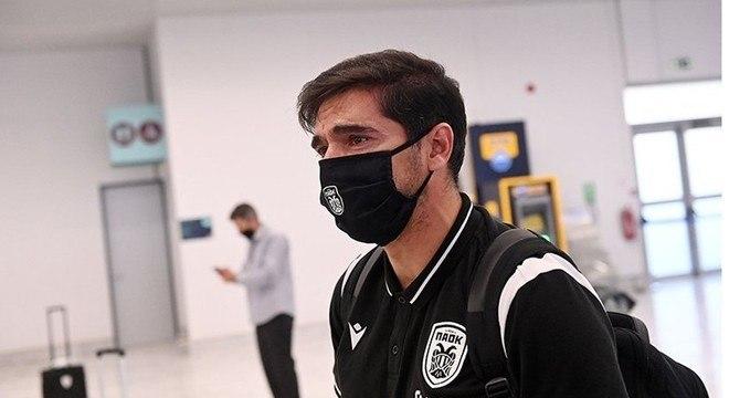 O treinador saiu emocionado do PAOK. Seu projeto foi um fracasso na Grécia