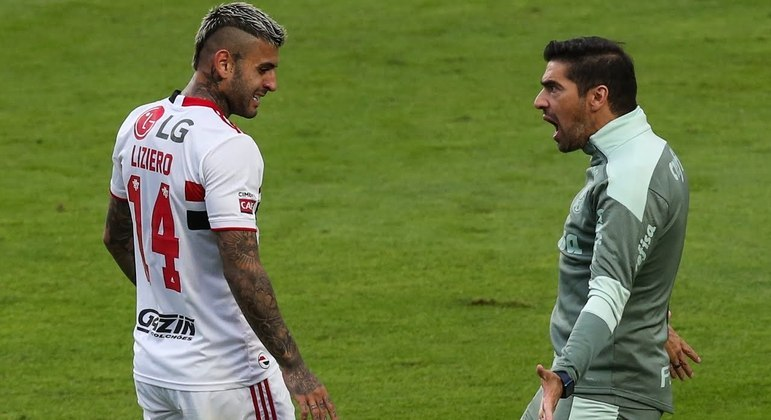 Abel Ferreira discutiu feio com Liziero na final do Paulista. O Palmeiras perdeu