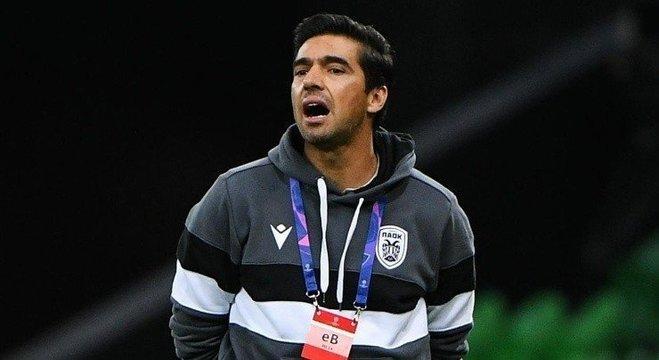 Ferreira iniciou carreira no futebol português até chegar ao PAOK em 2019
