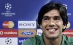 Como jogador, o português jogou apenas em seu país. Ele defendeu o Penafiel, Vitória de Guimarães, Braga e Sporting e aposentou aos 31 anos, em razão de uma lesão