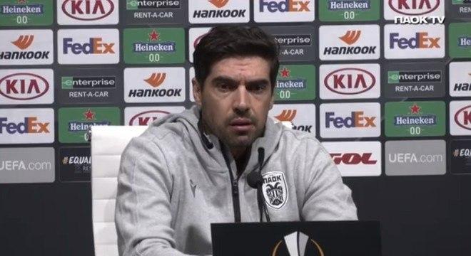 Abel Ferreira. Sem prestígio com a imprensa grega. Questionado no PAOK