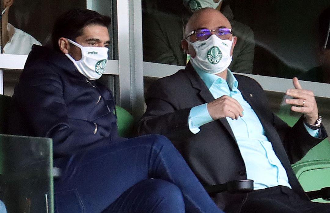 Abel Ferreira e Mauricio Galiotte. Tiveram de aplaudir o Palmeiras de Cebola