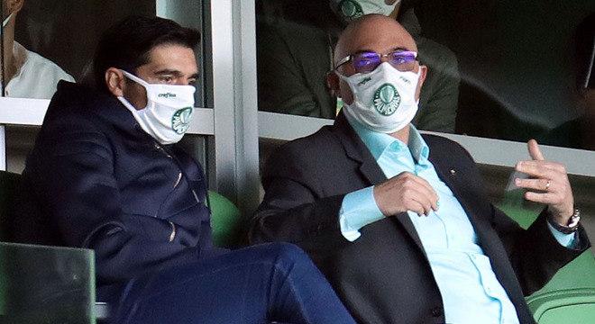 Abel Ferreira acompanhou Palmeiras ao lado do presidente Maurício Galiotte