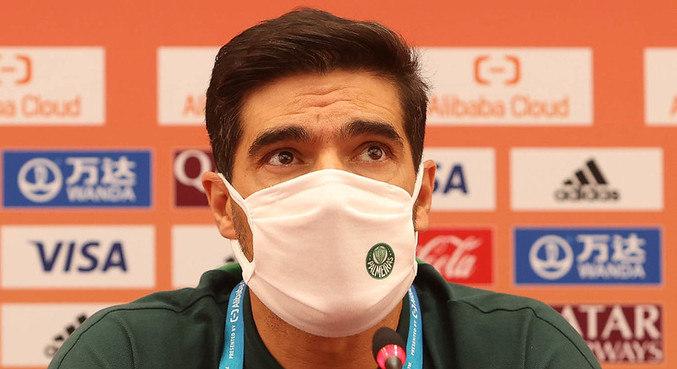 Técnico Abel Ferreira reclamou da sequência de partidas do Palmeiras