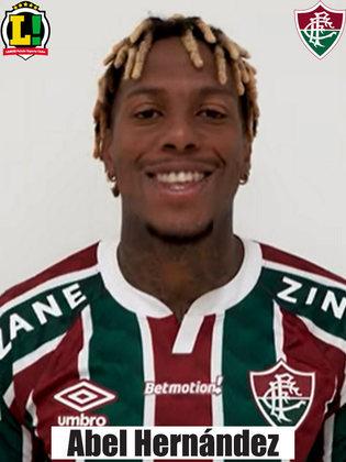 Abel Hernández - 4,0 -Fez o gol do Fluminense de pênalti, mas não foi diferencial no ataque.