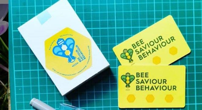 Cartão de bolso para alimentar abelhas exaustas