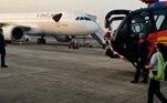 Os insetos pousaram em massa sobre dois aviões da companhia aérea Vistara. A primeira, no final da tarde do dia 29 de novembro