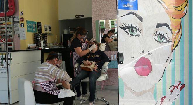 Segmento de cabeleireiros cresceu 9,1% no 1º quadrimestre no Brasil
