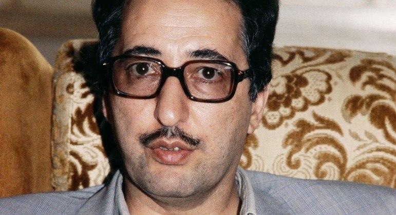 Abolhassan Banisadr, presidente da República Islâmica do Irã, morreu aos 88 anos em Paris