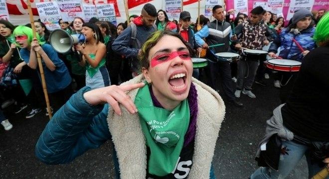 População argentina se manifestou durante o debate da lei do aborto no Senado