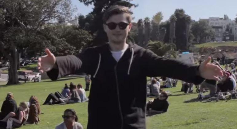 Vídeos das pessoas mandando abraços virtuais fazem sucesso na internet