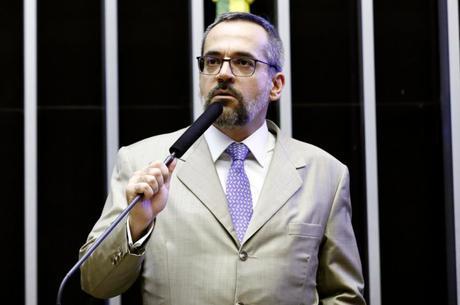 Weintraub: Vamos fazer contingenciamento com diálogo