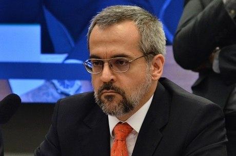Para ministro, tema ditadura não é questão 'pacificada'