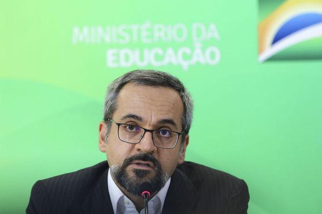 abraham weintraub ministro da educacao 24092019091521532?dimensions=660x440&no crop=true - Bolsonaro na ONU e plano para matar Gilmar e marcam a semana