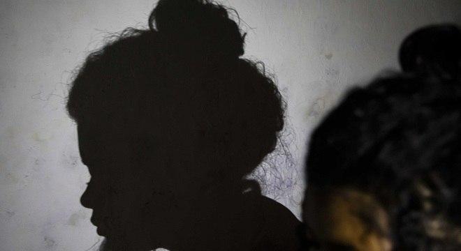 A adolescente Juliana * sofreu abuso sexual por parte do pai por seis meses