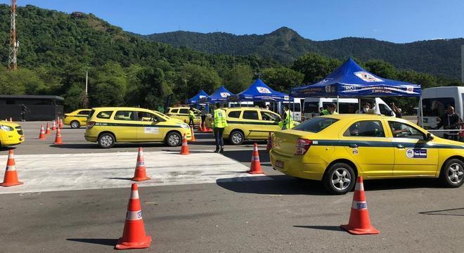 A testagem de 5 mil taxistas será feita em parceria com o aplicativo Taxi.Rio