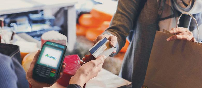 Aceito Pay oferece maquininhas sem taxa de adesão ou aluguel