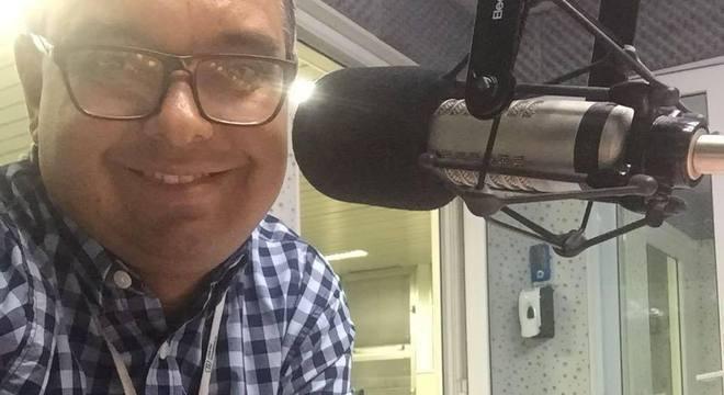 Radialista Ricardo Hilário morreu durante viagem com a família em parque aquático